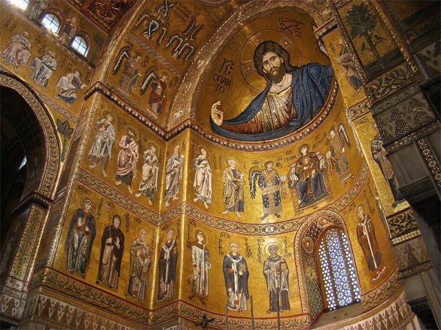 Il Cristo Pantocratore che si trova nell'abside centrale del Duomo di Monreale