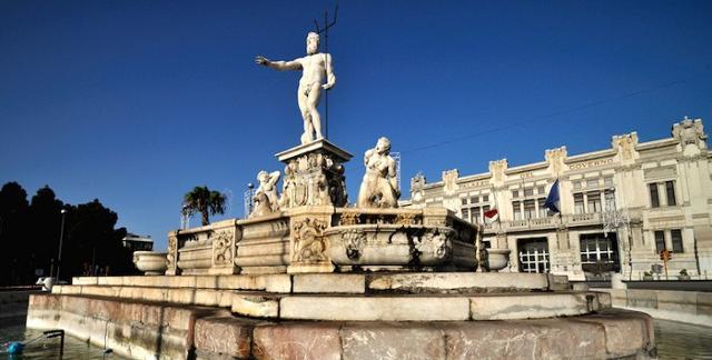 La fontana del Nettuno in Piazza Unità d'Italia, Messina