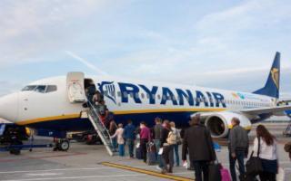 Bagagli a mano, Ryanair sarà più severa: In Italia troppi furbi