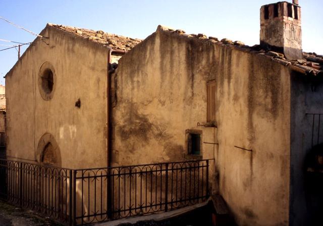 Abbazia di Nuara nel piccolo borgo cistercense di Badiavecchia, a cinque km da Novara di Sicilia (ME)