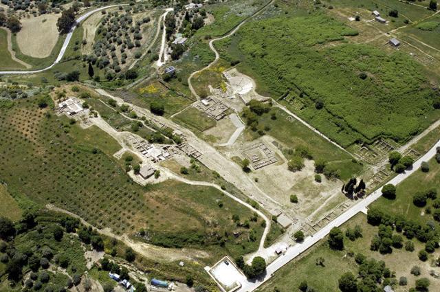 Veduta aerea della zona archeologica di Morgantina