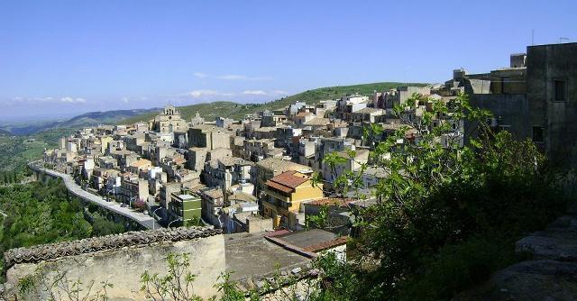 monterosso-almo-il-comune-piu-a-nord-del-ragusano