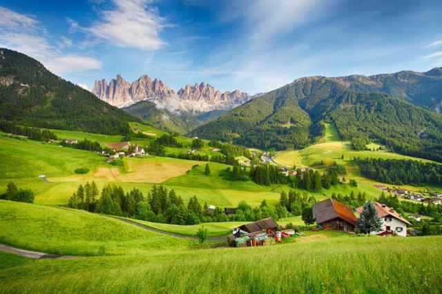 Gli hotel dell'Alto Adige cercano personale siciliano
