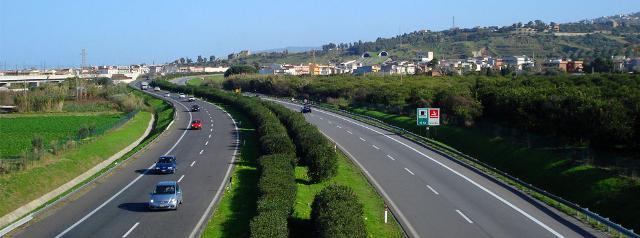 Patto per il Sud. Al via la convenzione per i lavori delle Autostrade A18 ME-CT e A20 ME-PA