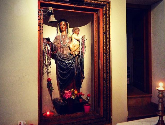 """La """"Madonna di l'agnuni"""" nella Chiesa della Madonna del Rosario, la più antica di Castellammare del Golfo"""