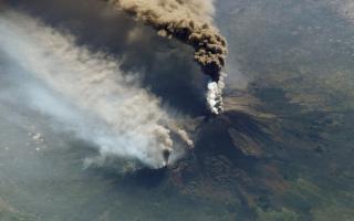 Eruzione Etna: i diritti dei passeggeri aerei