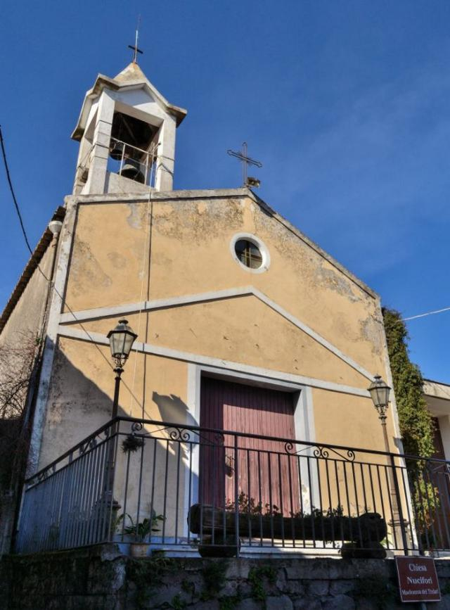 La Chiesa di Nucifori a Sant'Alfio