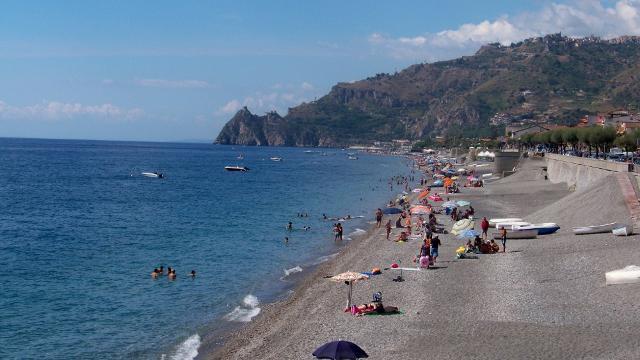 Spiaggia di Santa Teresa di Riva