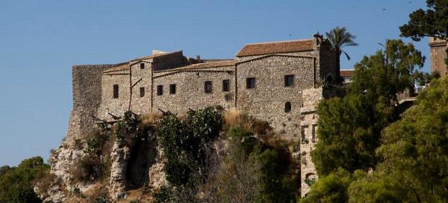 Il castello chiaramontano di Siculiana (AG)