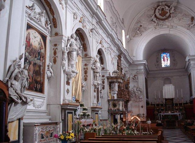 Stucchi nell'Oratorio della Madonna del Soccorso
