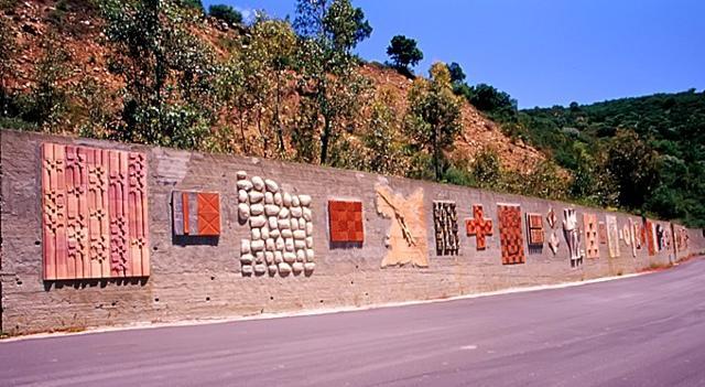 """""""Il Muro della Vita"""" Artisti Vari - Strada provinciale Castel di Lucio-Mistretta (ME)"""