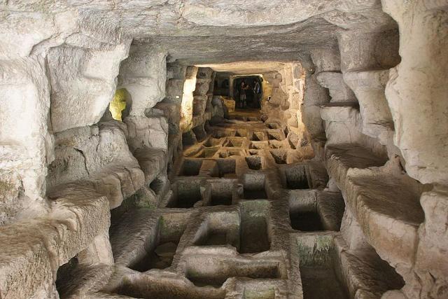 """L'imponente catacomba di epoca paleocristiana denominata """"Larderia"""" - Ispica"""