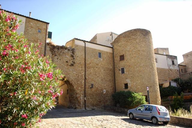 L'antica Torre Castellina a Piazza Armerina (EN)