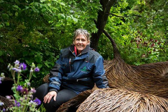 La garden designer britannica Sarah Eberle