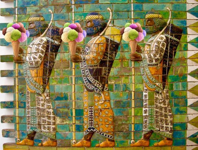 Nei secoli più lontani, presso alcuni popoli come i Babilonesi, era diffusa l'abitudine di refrigerare alcune sostanze dolci, come per esempio i succhi ottenuti spremendo la frutta...