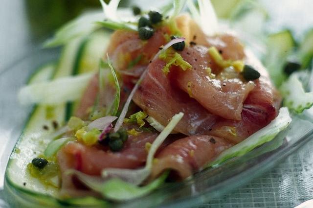 Carpaccio di pesce spada con zucchine