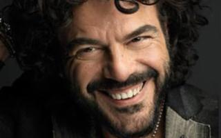 Francesco Renga in ''L'altra metà Tour''