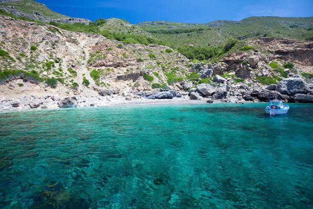 18-spiagge-siciliane-isolate-e-quasi-deserte