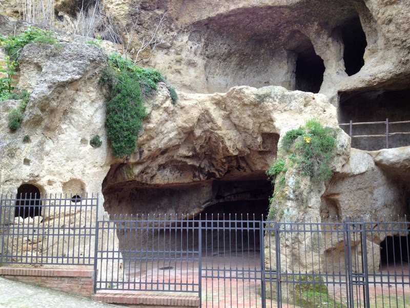 Grotte di via Carcere