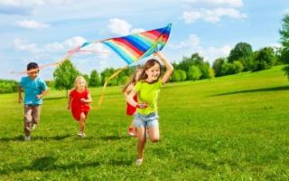 Caldo e giochi all'aperto: attenzione all'idratazione dei più aperta