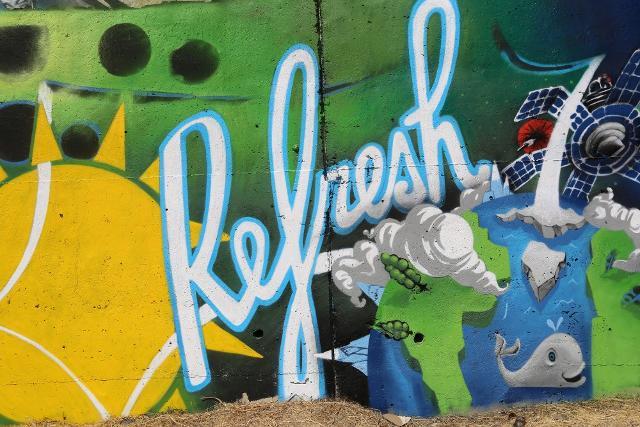 A Catania, Viale Castagnola si ''rinfresca'' con la street art