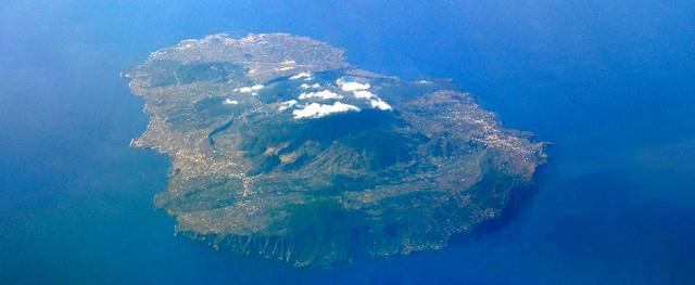 Pantelleria vista dall'alto
