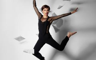 Camille Bertault in 'En Vie'