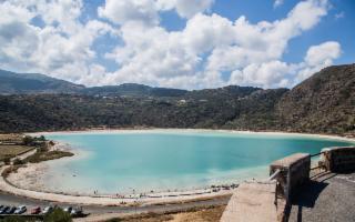 Pantelleria a Ottobre, mare, dammusi e passito