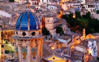 Boom di traffico aereo nel Sud-Est della Sicilia