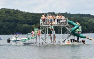A Custonaci arriva il Tarzan Boat!