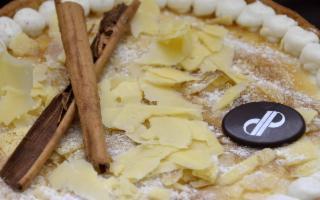 La nuova, storica Pasticceria Di Pasquale di Ragusa festeggia con una torta al Ragusano Dop