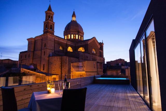Premio internazionale all'Alba Palace Hotel di Favara per architettura e design