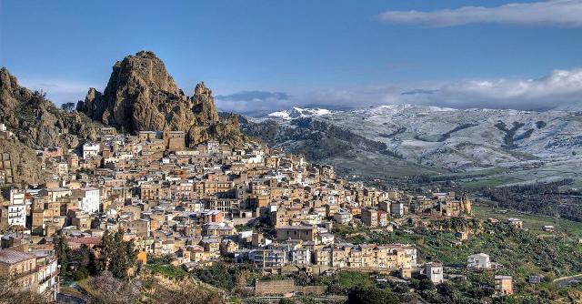 Panorama di Gagliano Castelferratp