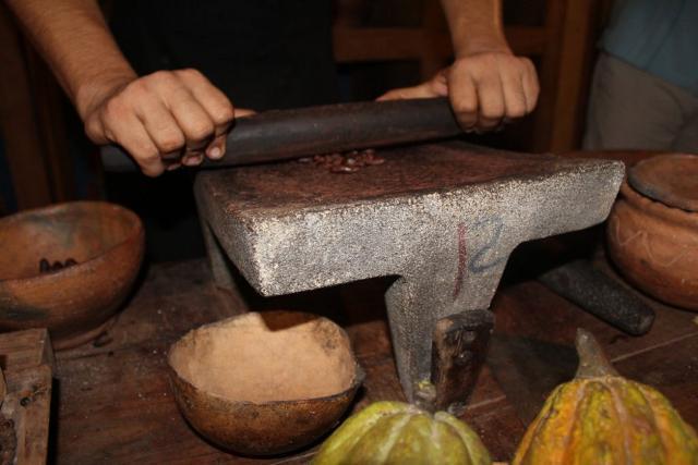 A Modica la preparazione a base di fave di cacao e zucchero si pratica fin dal 1600