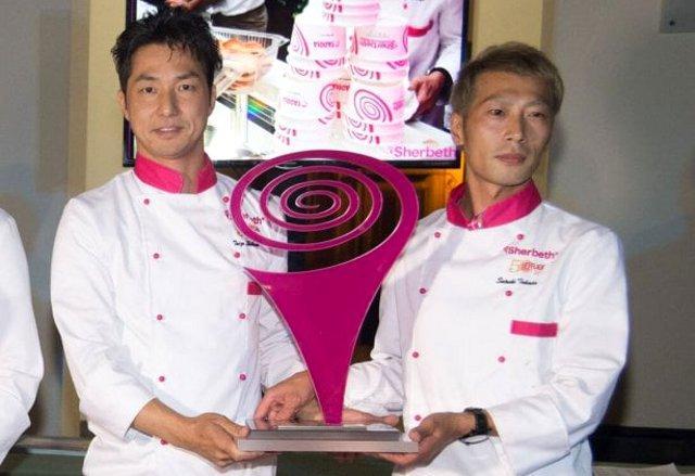 """Taizo Shibano e Satoshi Takada, i maestri gelatieri giapponesi che l'anno scorso hanno vito, a pari merito, il """"Trofeo Procopio Cutò""""."""