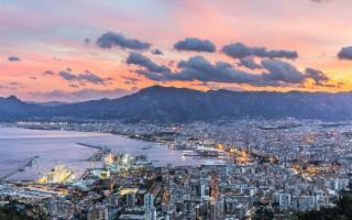 Una guida per scoprire la Palermo felicissima