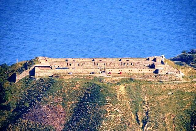 Forte Cavalli, chiamato anche batteria Monte Gallo - Messina