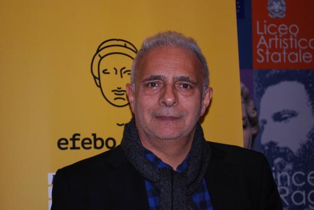 Hanif Kureishi, scrittore, sceneggiatore, drammaturgo e regista anglo-pakistano