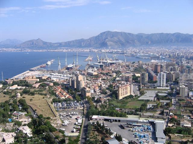 Servono idee per il nuovi terminal del Porto di Palermo