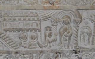 Ecclesia Munita. Catania Medioevale