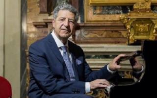 Giuseppe Lo Cicero al pianoforte