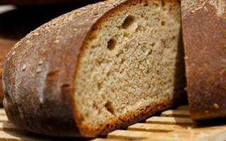 Pane e olio, la merenda perfetta che fa bene alla salute