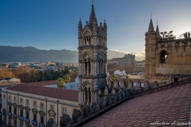 Il campanile della Cattedrale di Palermo - ph Salvatore Di Venuto