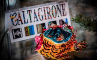 Grande apprezzamento per i Presepi di Caltagirone a Como