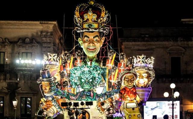 """""""Dillo in Italy"""", carro realizzato dall'associazione culturale Messina - Carnevale di Acireale 2018"""