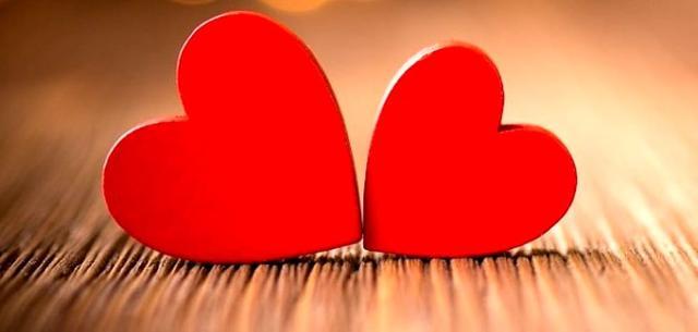 Il conto alla rovescia per gli innamorati è ufficialmente cominciato...