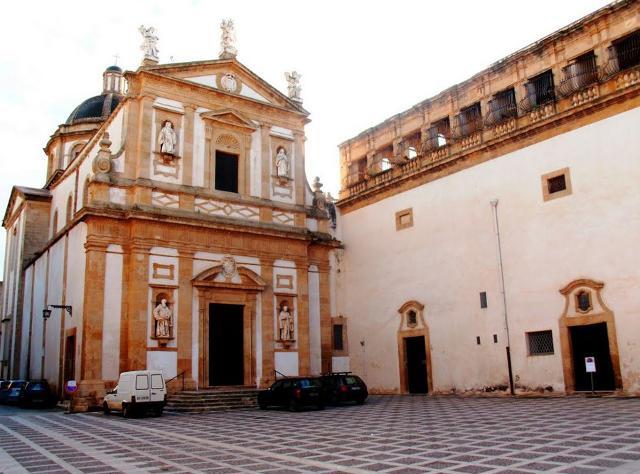 La Chiesa e il Convento di San Michele - ph Piero Genova