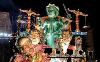 Carnevale di Acireale: La gestione è tema politico centrale per la città