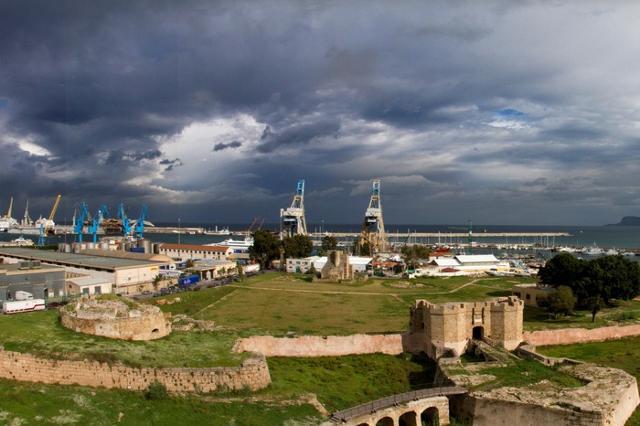 Le fortificazioni del Castello a Mare
