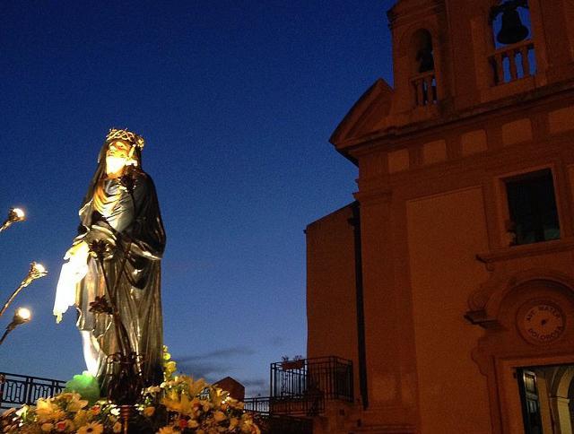 Ad Agrigento, l'Addolorata aspetta l'arrivo del figlio